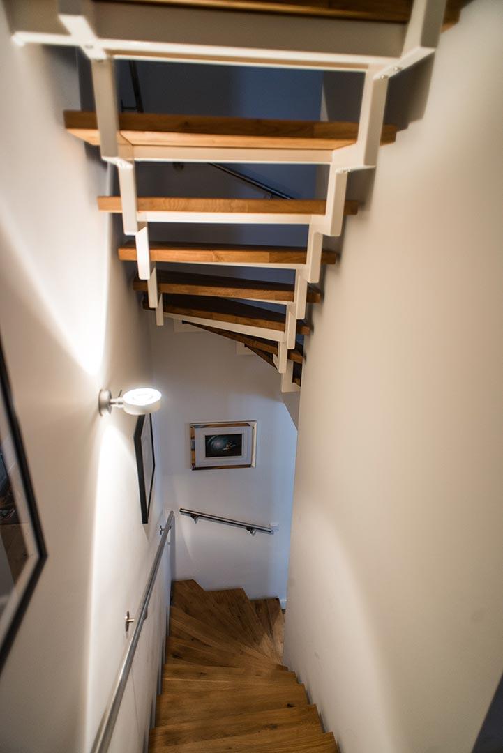 https://wetzl-innenausbau.de/wp-content/uploads/2017/01/innenausbau-wetzl-muenchen-treppe-fussboden-03.jpg
