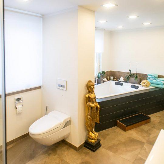 https://wetzl-innenausbau.de/wp-content/uploads/2017/10/innenausbau-wetzl-muenchen-badezimmer-komplettumbau-07-540x540.jpg