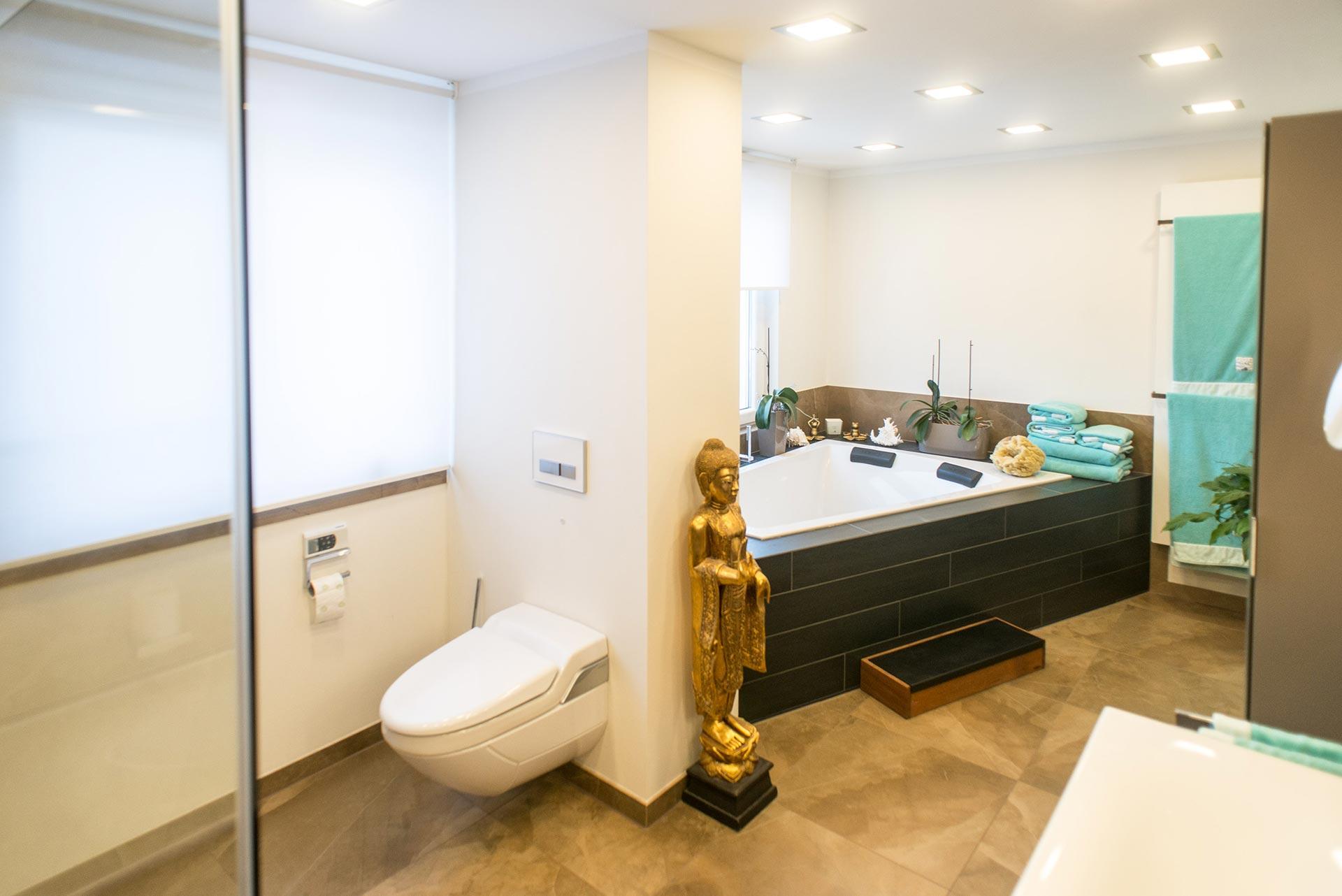 https://wetzl-innenausbau.de/wp-content/uploads/2017/10/innenausbau-wetzl-muenchen-badezimmer-komplettumbau-07.jpg