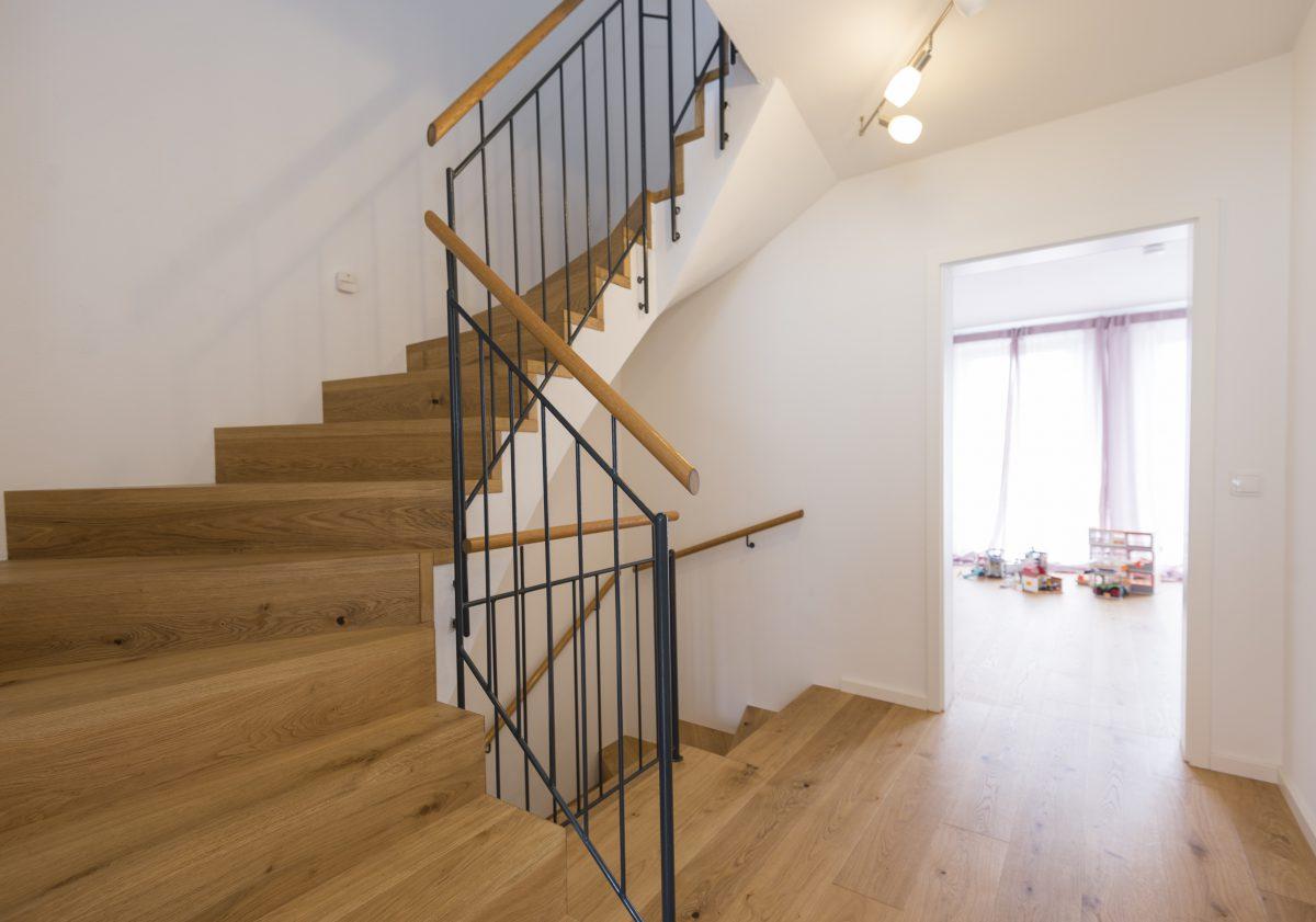Böden, Treppen, Türen