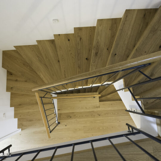 https://wetzl-innenausbau.de/wp-content/uploads/2020/07/wetzl-innenausbau-muenchen-treppenhaus-erneuert-5-540x540.jpg